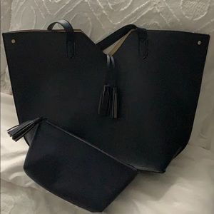 Neiman Marcus Bags - Brand New Neiman Marcus Navy Tote & Cosmetic Bag